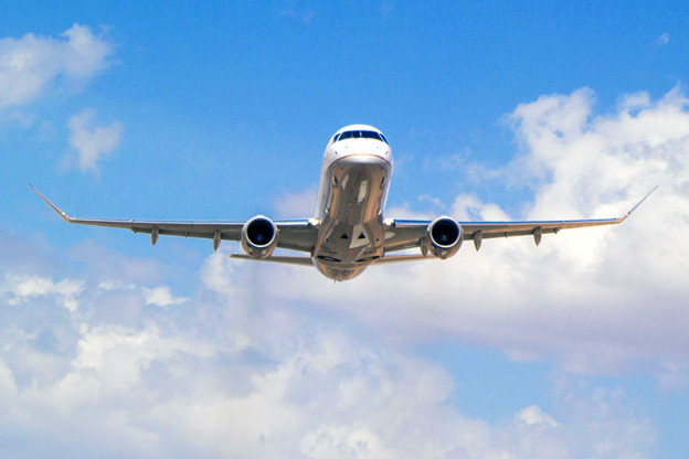 E175-takeoff-9