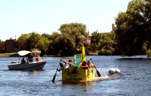 cardboard-boat-900px