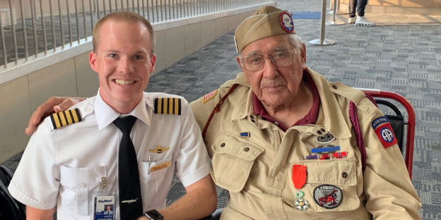 SkyWest pilot with D-Day veteran